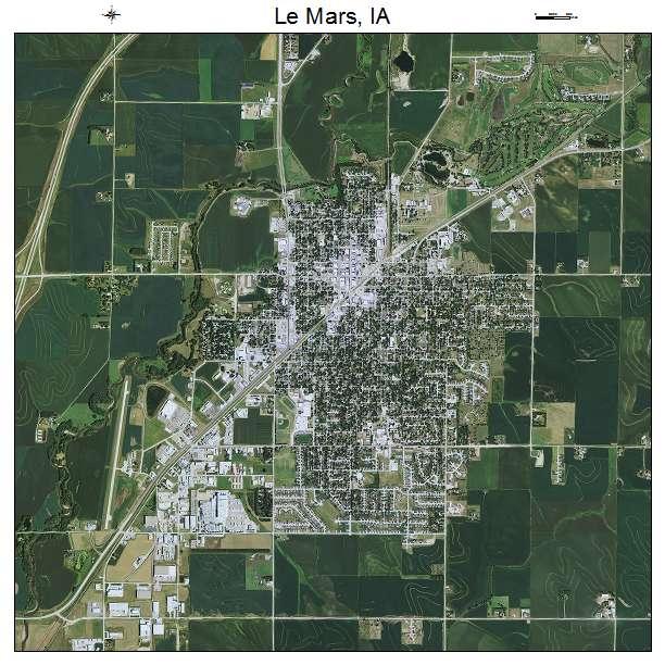 Le Mars, IA air photo map